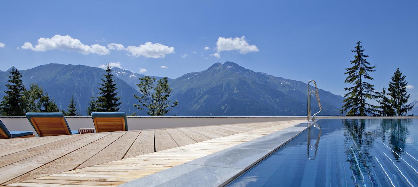 Mountain_Spa_Outdoor_Pool_1